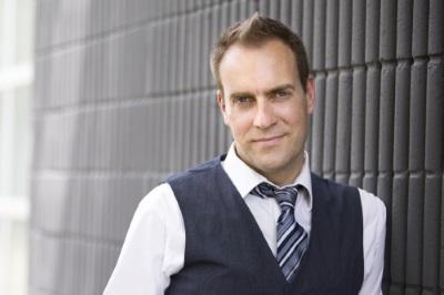 Murray-Foster-headshot-online